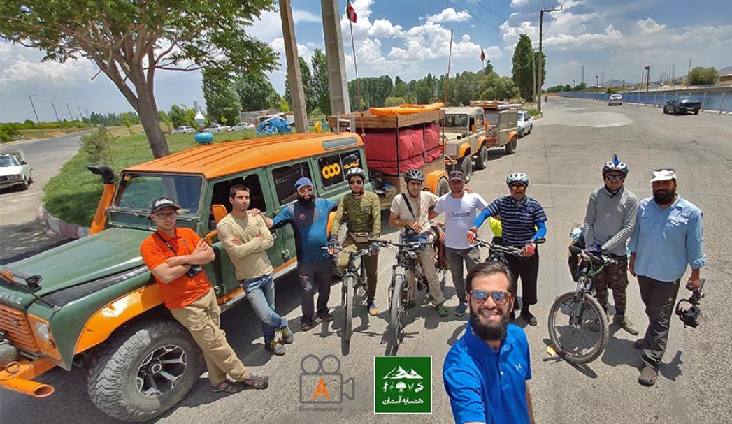 یادگاری با سایکل توریست های تهرانی